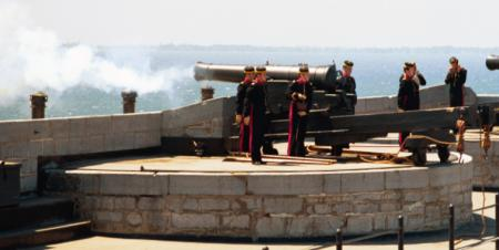 Photo of cannon firing at Fort Henry Falls