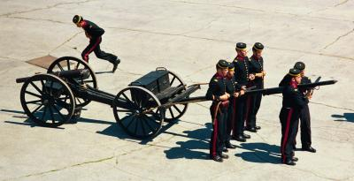 Photo of members of the Fort Henry Guard practicing maneouvers